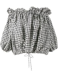 Wear two trends in one super chic blouse with this off-the-shoulder gingham print top. Pin Up Outfits, Cute Outfits, Fashion Outfits, Off Shoulder Shirt, Off Shoulder Tops, Mode Blog, Gingham Shirt, Zara, Color Negra