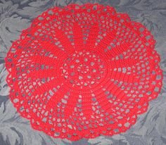 Red Floral Center Doily - pinned by pin4etsy.com  #EtsyGifts