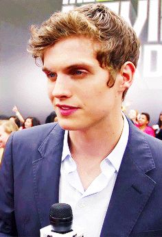 Fashion, wallpapers, quotes, celebrities and so much Issac Teen Wolf, Teen Wolf Dylan, Teen Wolf Cast, Daniel Sharman Teen Wolf, Dylan Obrian, Bae, Wattpad, Good Looking Men, Best Tv