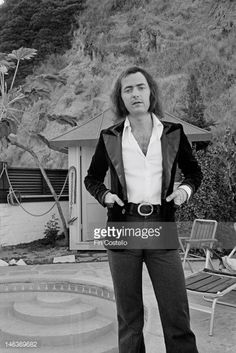 Ritchie Blackmore guitarist with Rainbow posed at his home in Los Angeles in…