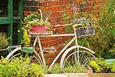 Floral bike by gilltheaker, via Flickr