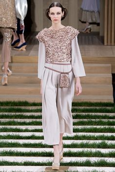 Chanel - Alta Costura - Spring/Summer 2016 - www.so-sophisticated.com
