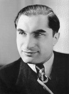 Joseph Schmidt (March 1904 – November was an Austro-Hungarian and Jewish tenor and actor. Singing Lessons, Singing Tips, Joseph Schmidt, Opera Arias, Vocal Training, Berlin, Trust, Single Travel, Learn Hebrew