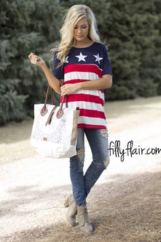 Stars and Stripes Tee - The perfect Patriotic Tee from Filly Flair! 4th Of July Outfits, Fall Outfits, Summer Outfits, Cute Outfits, Diy Clothes, Clothes For Women, Comfy Clothes, Chelsea, Filly Flair