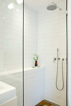 You Won't Like About White Subway Tile Bathroom Tub Shower Surround And Things You Will 31 - sitihome White Tile Shower, White Subway Tile Bathroom, Bathroom Tub Shower, Laundry In Bathroom, Small Bathroom, Shower Tiles, Bathroom Wall, White Tiles Grey Grout, Tile Bedroom