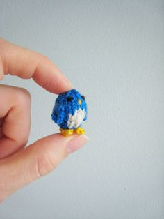 blue bird of happiness...to knit...all tiny-like @Jamie Stietz