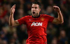Van Persie comemora gol no teatro dos Sonhos.  United x Olympiakos (Foto: AFP)