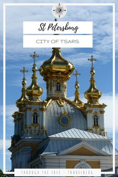 Discover this amazing city with a perfect 4 days itinerary! St Petersburg was the house of the Tsars and the numerous Palace surrounding the city are still standing today!