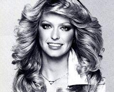 "superseventies: "" Farrah Fawcett by Francesco Scavullo, 70s Disco Hairstyles, Vintage Hairstyles, Hairstyles With Bangs, Glamorous Hairstyles, Club Hairstyles, Black Hairstyles, Divas, Long Hair Cuts Straight, Platinum Blonde Bobs"
