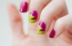 Uñas decoradas color bugambilia, uñas decoradas color bugambilia y verde.  Join nails CLUB! #manicuracolores #colornails #tonosdeuñas
