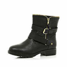 Black zip trim biker boots in River Island River Island Boots, Black Biker Boots, Birthday Ideas For Her, River Island Fashion, College Fashion, College Style, Buckle Boots, Shoe Boots, Shoes