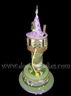 Amazing Disney Rupunzel tower cake. Omgoodness awesome!
