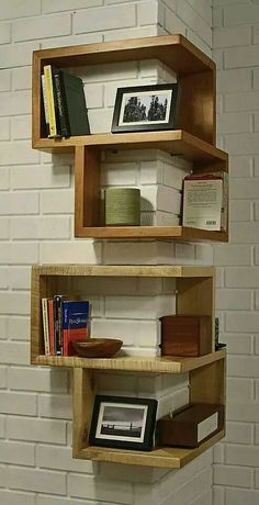 Ohh such cute corner shelves.  Thanks go to Amber Lockey for sharing Woodworking ideas photo with us.  forreadingaddicts.co.uk