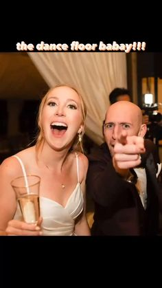 must-have candid wedding photos: part 4 You MUST capture the dance floor obvi!!