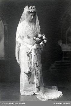 1913 bridal portrait of Alfhild Arosenius (1880-1966