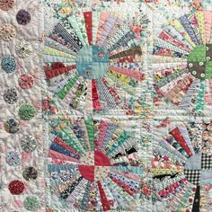 This beauty is by Sandra Boyle of @everyday_quilts . It's called Carousel and…