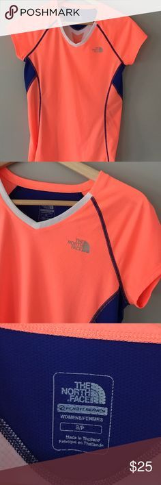 The North Face V-Neck Size Small 💛 The North Face v-neck short sleeve shirt, size Women's Small. 100% polyester, perfect condition. This is the flight series and is a running/exercise shirt. The North Face Tops Tees - Short Sleeve
