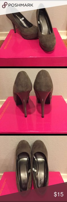 Suede heels 6in heel with platform toe. Nice neutral brownish grey color. Never worn Mossimo Supply Co Shoes Heels