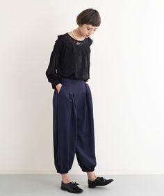 【ZOZOTOWN】merlot plus(メルロープリュス)のパンツ「裾ゴムタックパンツ2427」(868713412427)を購入できます。