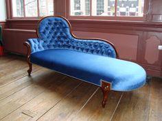 Chaise Longue upholster by us.  Chaise longue gestoffeerd door Drie Meubelambachten