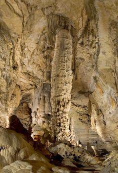 The Watchtower, Natural Bridge Caverns