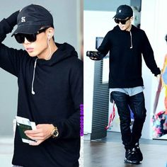 I love his sense of fashion so much ♡ Have a lovely day from me and my favourite bunny  Cr to owner . . . . #ikon #bobby #hanbin #chanwoo #junhoe #donghyuk #jinhwan #yunhyeong #ikonics #ikonyg #ikonic #ikonygent #yg #ygfamily #ygent #ygentertainment #ygikon #kimjiwon #bunny #kpop