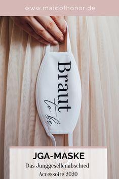 Stylische JGA - Masken für die Braut to be und ihr Team Braut. Maid Of Honor, Wine Glass, Funny Quotes, Bridesmaid, Tableware, Weeding, Corona, Accessories, Team Bride