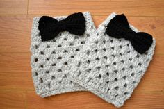 How to Crochet Boot Cuffs | Women,Teen Crochet Boot Cuffs -Boot toppers - Leg warmers with bow In ...