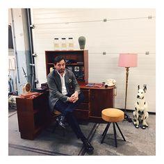 sydney.ruperti Crazy vintage beurs materialen shoppen. #vintage #dandy #vintage60s #oneofakind #bespoke #madetomeasure #bespokeshirts #hollandandsherry #aldenshoes #wholetthedogsout #touchofpink 2016/09/21 23:35:01