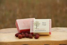 Rose Soap All natural organic with rose essential by SimpleLifeMom Homemade Soap Recipes, Homemade Facials, Homemade Scrub, Homemade Products, Honey Shampoo, Shampoo Bar, Natural Exfoliant, Natural Soaps, Soap Making Supplies