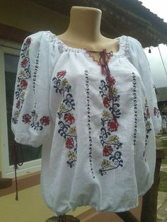 Modern Embroidery, Embroidery Stitches, Embroidery Designs, Embroidered Blouse, Shirt Blouses, Blouses For Women, Sweatshirts, Sweaters, Cotton