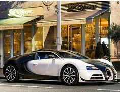 2014 Bugatti Veyron Super Sport Vivere by Mansory Weird Cars, Cool Cars, Crazy Cars, Vw Group, Bugatti Cars, Bugatti Chiron, Performance Cars, Car Photography, Car Manufacturers