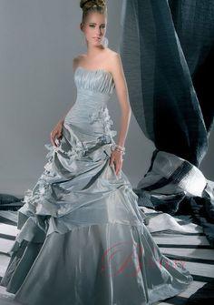 Sølvgrå Smukke Brudekjoler prinsesse Stropløs taft brudekjole Bayliy Sweep Train Brudekjoler