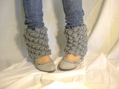Knitted gray legwarmers