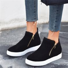Dress Sneakers For Women, Sneakers Shoes, Womens Fashion Sneakers, Black Sneakers, Casual Sneakers, Womens Flats, Black Shoes, Fashion Shoes, Platform Sneakers