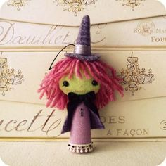 Halloween Felt Patterns That Are Cute, Quick and EASY! - Dear Creatives Felt Doll Patterns, Animal Sewing Patterns, Pdf Patterns, Felt Halloween Ornaments, Halloween Crafts, Halloween Decorations, Happy Halloween, Holiday Crafts, Halloween Ideas