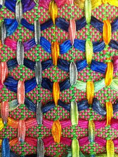 What to do with all that ribbon yarn I have stashed:  Dörte Weber 4 harness weave structure