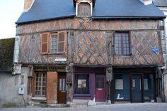 Une vieille maison de Saint-Aignan - Loir-et-Cher . France