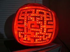 Funny pictures about Pac-man pumpkin. Oh, and cool pics about Pac-man pumpkin. Also, Pac-man pumpkin photos. Funny Pumkin Carvings, Awesome Pumpkin Carvings, Funny Pumpkins, Halloween Pumpkins, Cool Halloween Costumes, Halloween Decorations, Halloween Ideas, Halloween 2014, Halloween Stuff