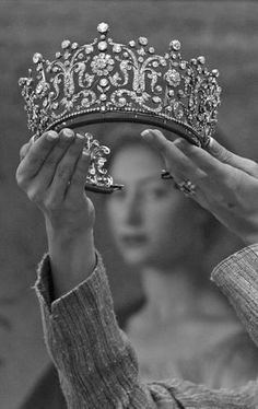 every girl dreams of becoming a princess when she's little and with a crown like this......could you blame them ?