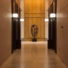 Are you working on an interior design project for hotel lobby furniture? Find out the best fu … - Modern Chandeliers Interior Design Institute, Interior Design Singapore, Interior Design Studio, Lobby Interior, Interior Stairs, Corporate Interiors, Hotel Interiors, Wooden Patio Doors, Corridor Design