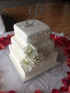 Wedding Cakes and Favors Wedding Cakes Photos on WeddingWire