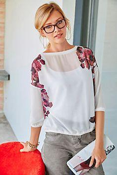 Tamaris Chiffonbluse »Shirt-Schnitt mit trendigem Floral-Druck« im Universal Online Shop