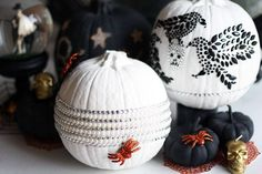 get a head start on your halloween decor with these chic NO CARVE pumpkins & see my other halloween DIYs on the blog #fashionlush #decor #halloween #pumpkin #nocarvepumpkin #chic