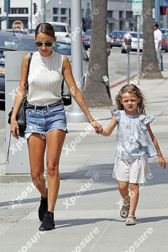 Nicole Richie and daughter Harlow.