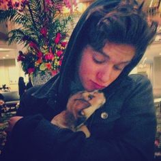 The Vamps Bradley Simpson | ... this is so cute omg i think im in love!