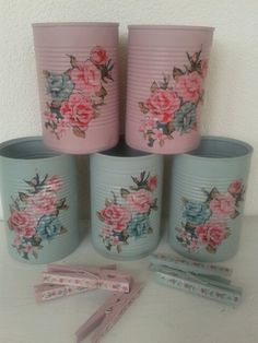 Decorated tin cans. Decoupage. Conserven blikjes versierd met servetten. Chabby chic.