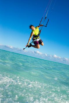 Can jump if required #greatwalker #kitesurfing Aitutaki