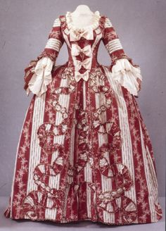 Technically, this isn't American Revolution; it is, however, 18th century, and I love the fashion of the time. Isn't this gorgeous?!