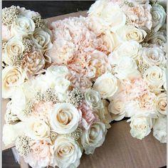 Soft Blush And Gold Wedding Bouquet Grey Wedding Theme, Dream Wedding, Wedding Colors, Wedding White, Perfect Wedding, Fantasy Wedding, Wedding Bouquets, Wedding Flowers, Bridesmaid Bouquets